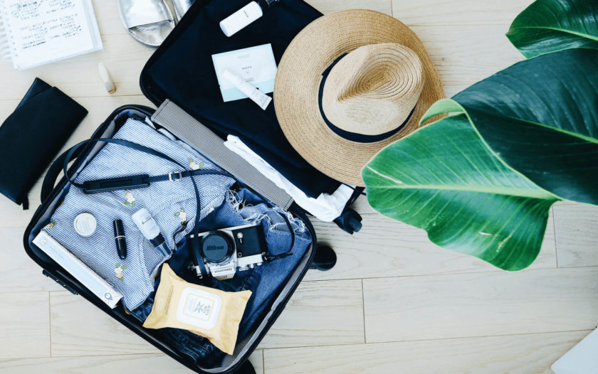 10 Thrifty Travel Blogs to Follow